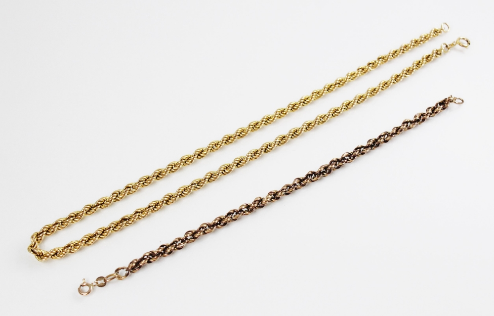 A 9ct gold rope twist bracelet chain, with spring ring and loop fastening, 20cm long, together
