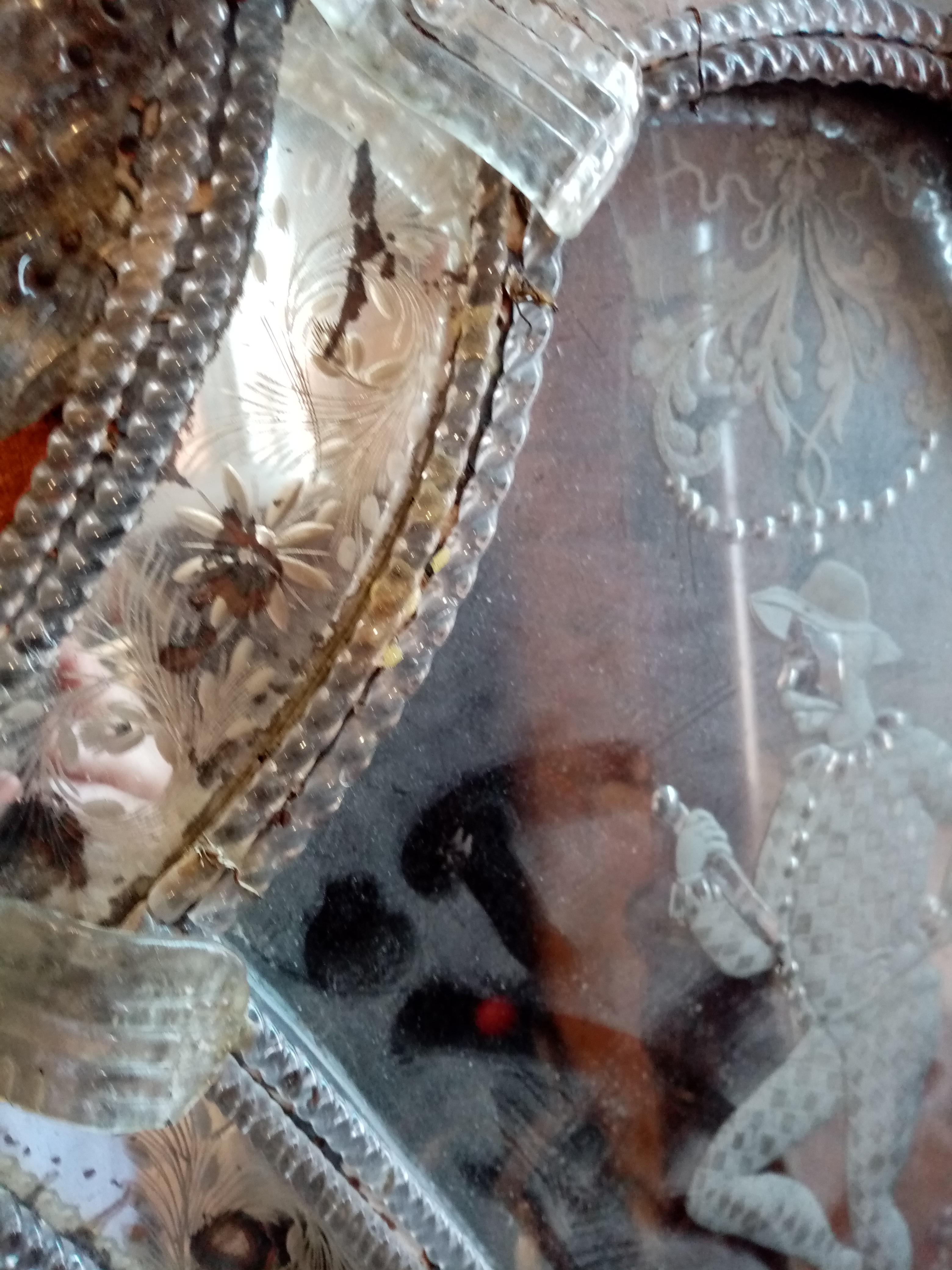 A 19th century Venetian glass wall mirror, the shield shaped mirrored plate centred with an etched - Image 3 of 6