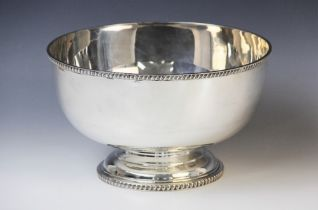 An early 20th century silver rose bowl by Edward Barnard & Sons Ltd, London (date letter worn) of
