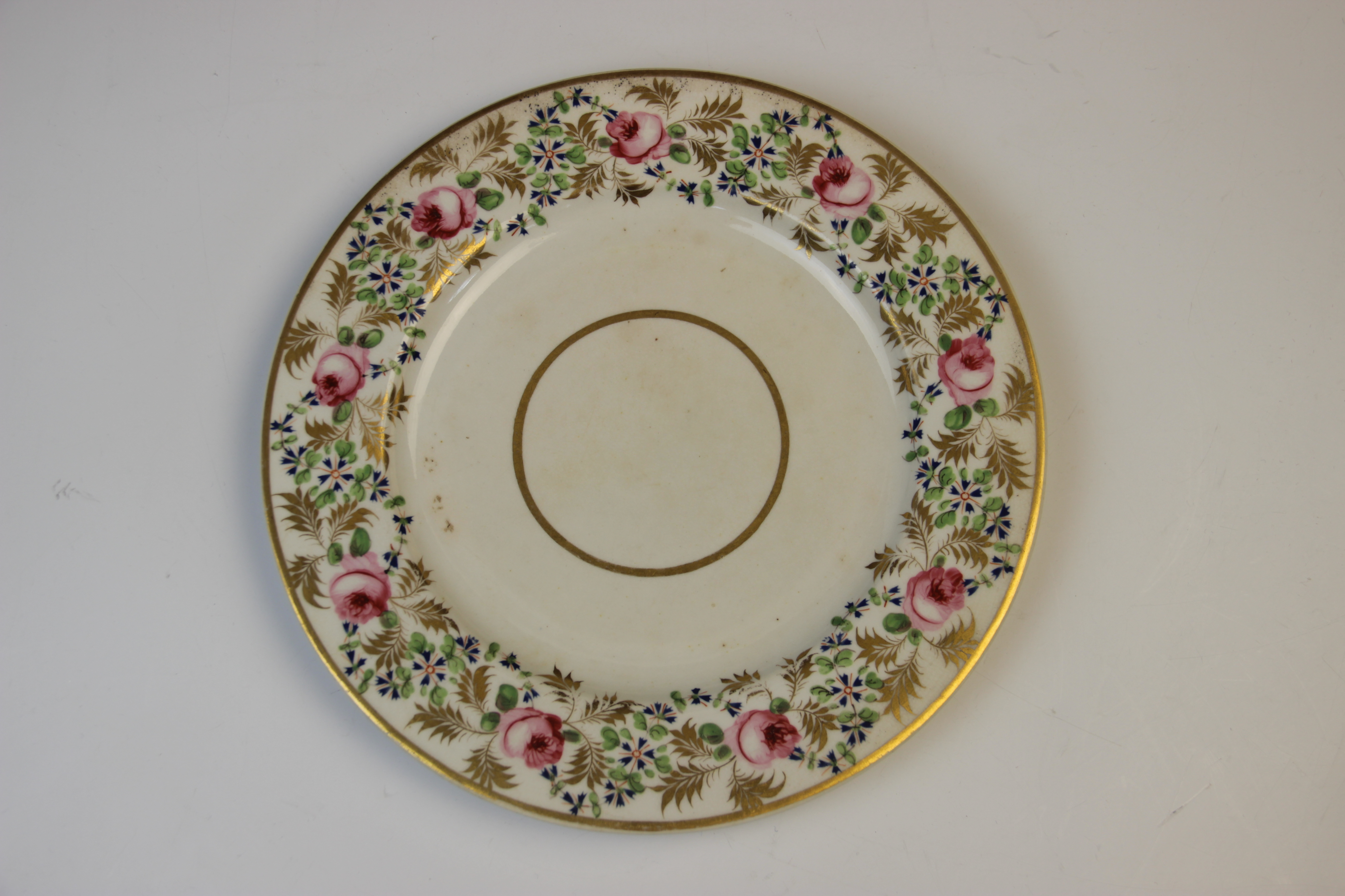 Fifteen Derby florally decorated plates, 19th century, each of circular form and decorated with - Image 4 of 11