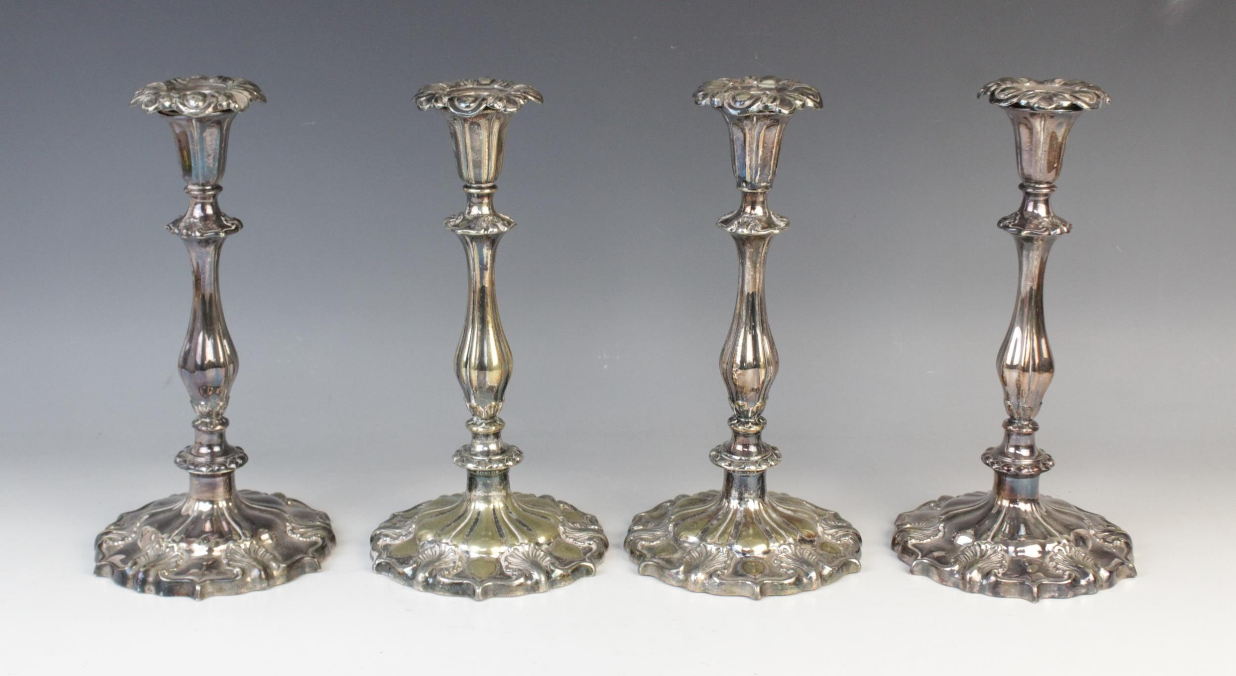 A pair of silver plated candelabras by Elkington & Co, each with tapering knopped columns on stepped - Image 3 of 3