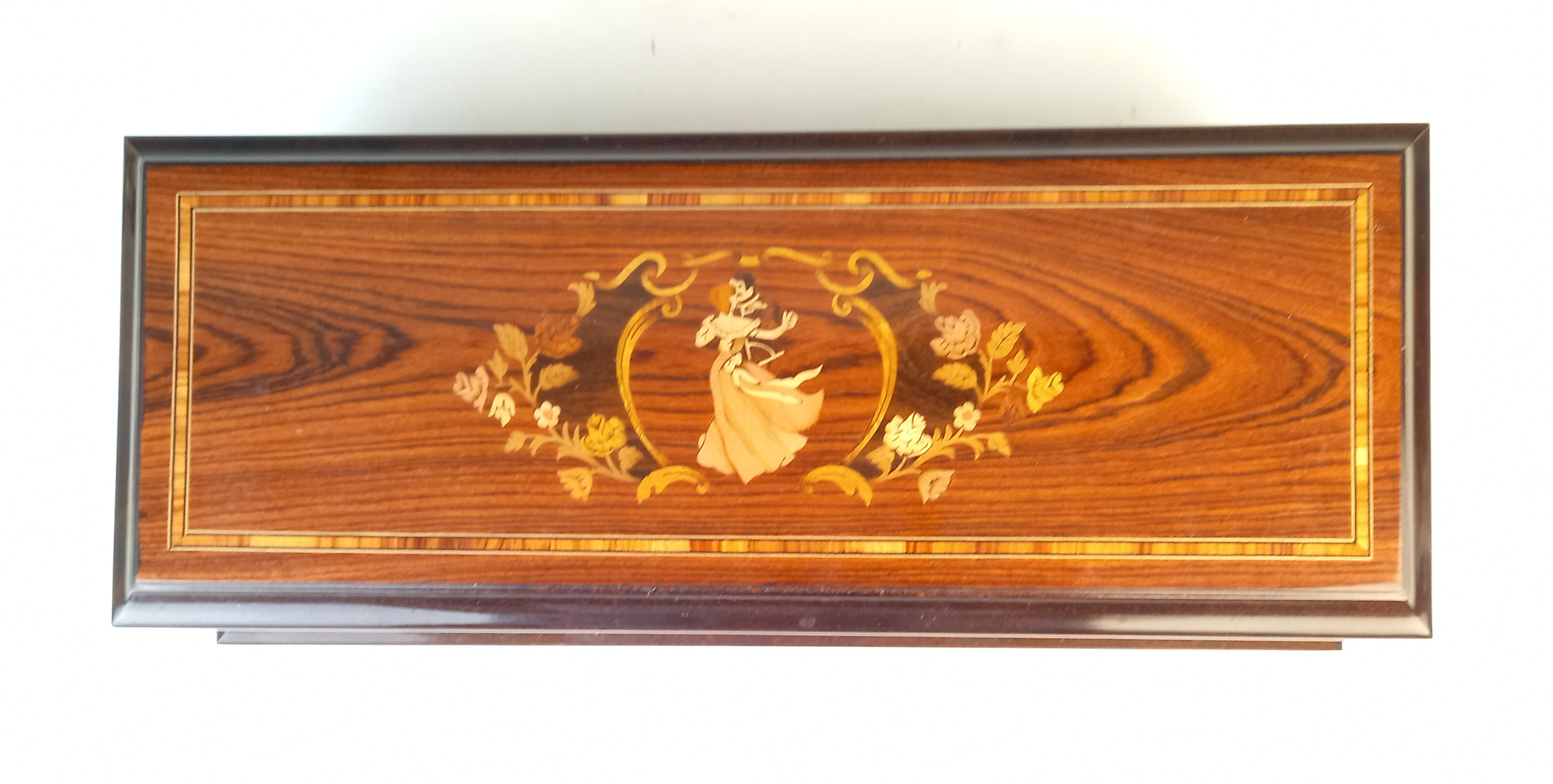A Franklin Mint and Reuge of Switzerland 'Waltzes of Old Vienna music box', - Image 3 of 8