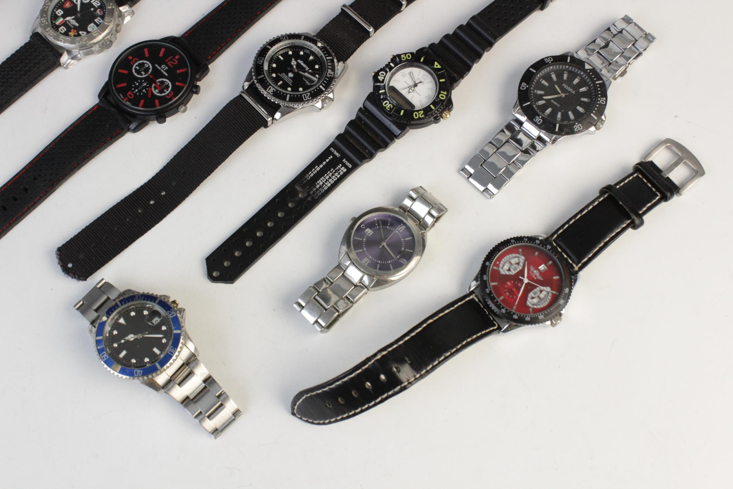 A large collection of vintage and modern dress watches, including a Longines Quartz T1 Timer, a - Image 9 of 11