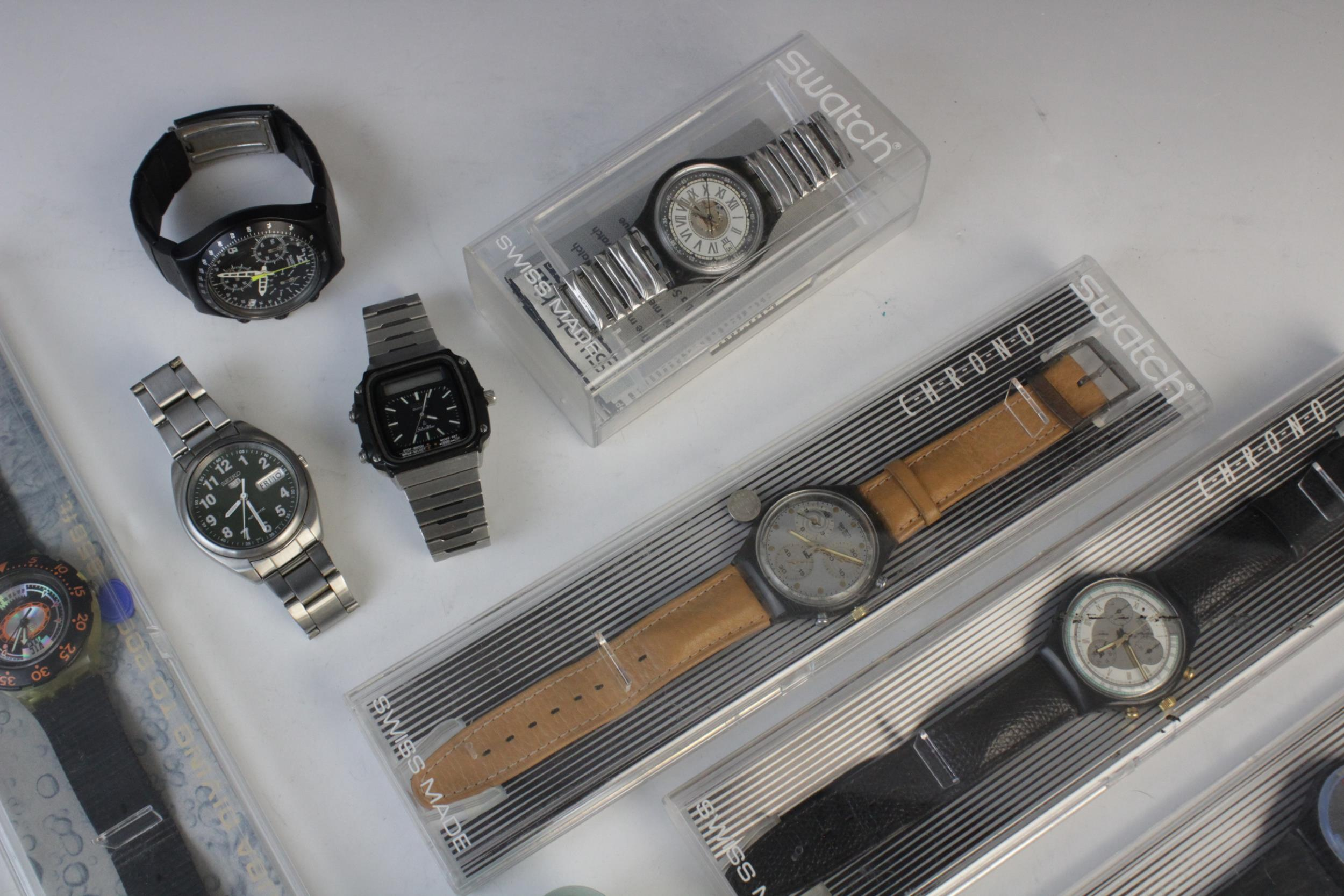 A large collection of vintage and modern dress watches, including a Longines Quartz T1 Timer, a - Image 5 of 11