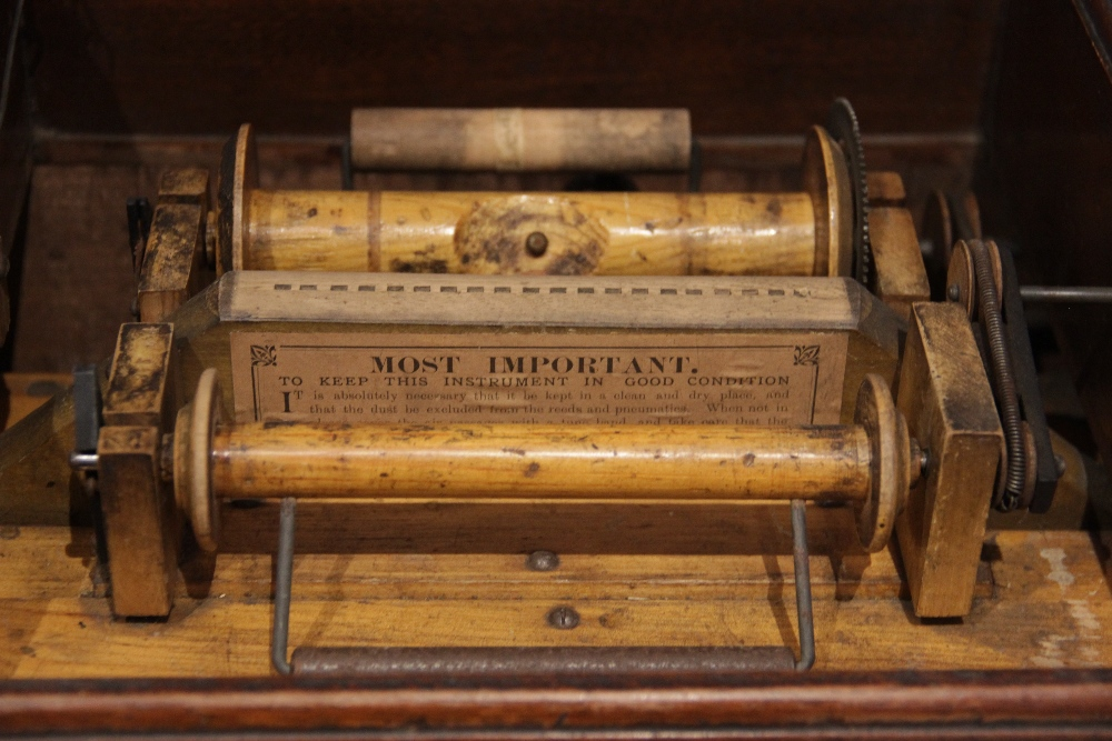 An English Automatic Seraphone, retailed by Peter Black of Manchester, in gilt stencilled mahogany - Image 4 of 6