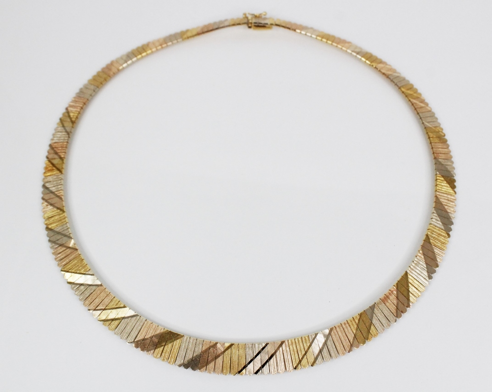 An 18ct three-colour gold collarette, comprising alternating sections of rose gold, yellow gold - Image 3 of 3