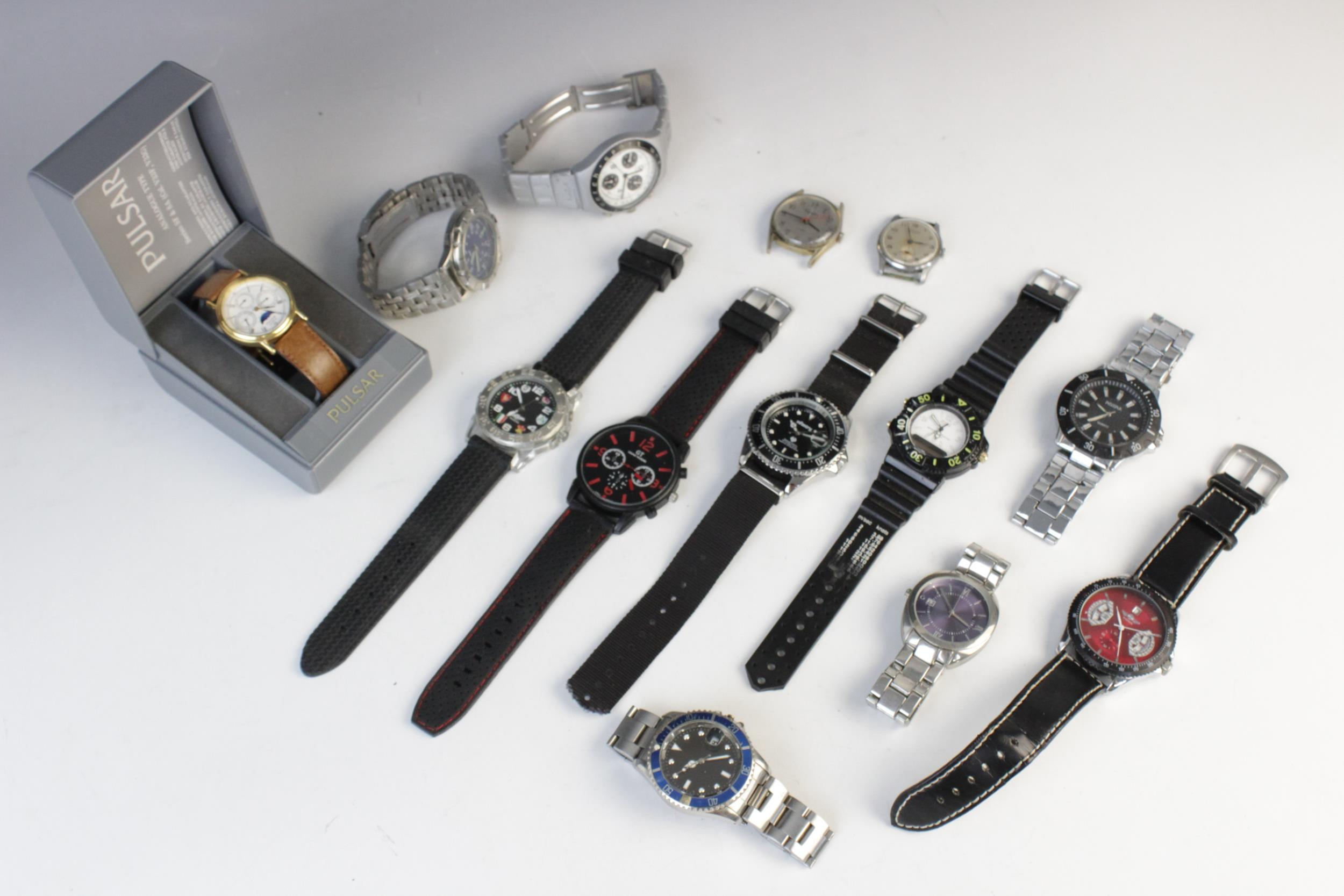 A large collection of vintage and modern dress watches, including a Longines Quartz T1 Timer, a - Image 8 of 11