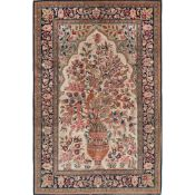 TAPPETO HEREKE' LANA trama ed ordito in cotone, vello in lana. Turchia XX secolo - cm 227 x 166