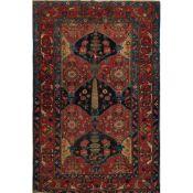 TAPPETO BAKTIARY CHAR MAHAL trama ed ordito in cotone, vello in lana. Persia XX secolo - cm 194 x