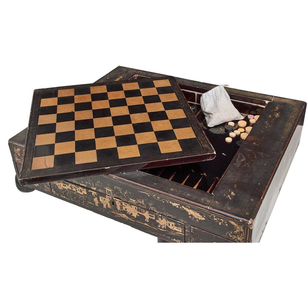 TAVOLINO da gioco in legno laccato con cassetti - Image 2 of 2