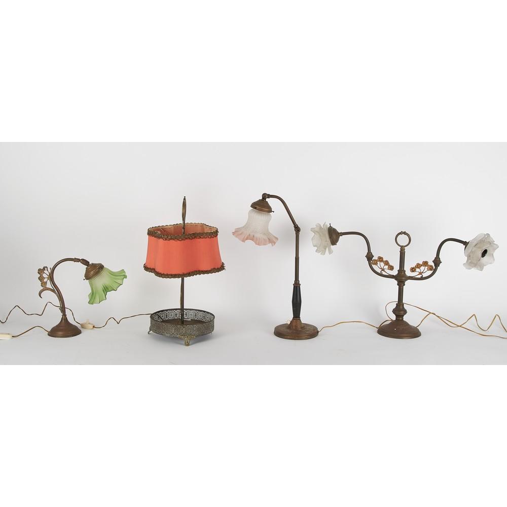 QUATTRO LUMI da tavola in metallo bocce in vetro