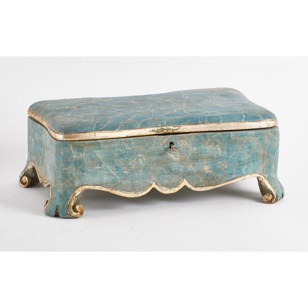 PORTAGIOIE in legno laccato a finto a marmo e dorato.