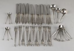 Silver pastry cutlery