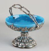 Grape dish with silverware