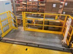 Operator Platform with 1 Stair