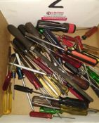 LOT - ASSORTED SCREWDRIVERS