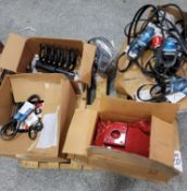 LOT - DRIVE BELTS AND MISC AUTO PARTS