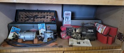 """LOT - STANLEY ELECTRIC ROUTER 11A, W/ BASE, BITS AND CRAFTSMAN STEEL CASE; AND SKIL 3"""" X 18"""" BELT"""