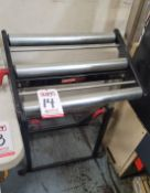 """CRAFTSMAN 20"""" ROLLER MATERIAL STAND"""