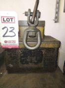 BUX TOTER PERMANENT LIFT MAGNET, MODEL 3M-3, 2,000 LB CAPACITY