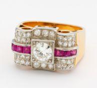 DIAMANT-RUBIN-RING. 750/- Gelb- und Weißgold, getestet, Gesamtgewicht: ca. 10,0 g. EU-RM: 53. 38