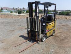Yale GLC030AFNUAF082 Industrial Forklift,