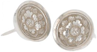 (2) piece set cheese thumbs silver.