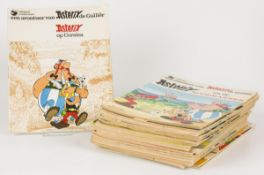 A lot with (20) comic books. Asterix and Obelix.