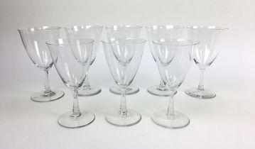 """(Toegepaste kunst) Wijnglazen K.P.C. de Bazel Acht wijnglazen van servies """"D"""", ontwerp K.P.C. d"""