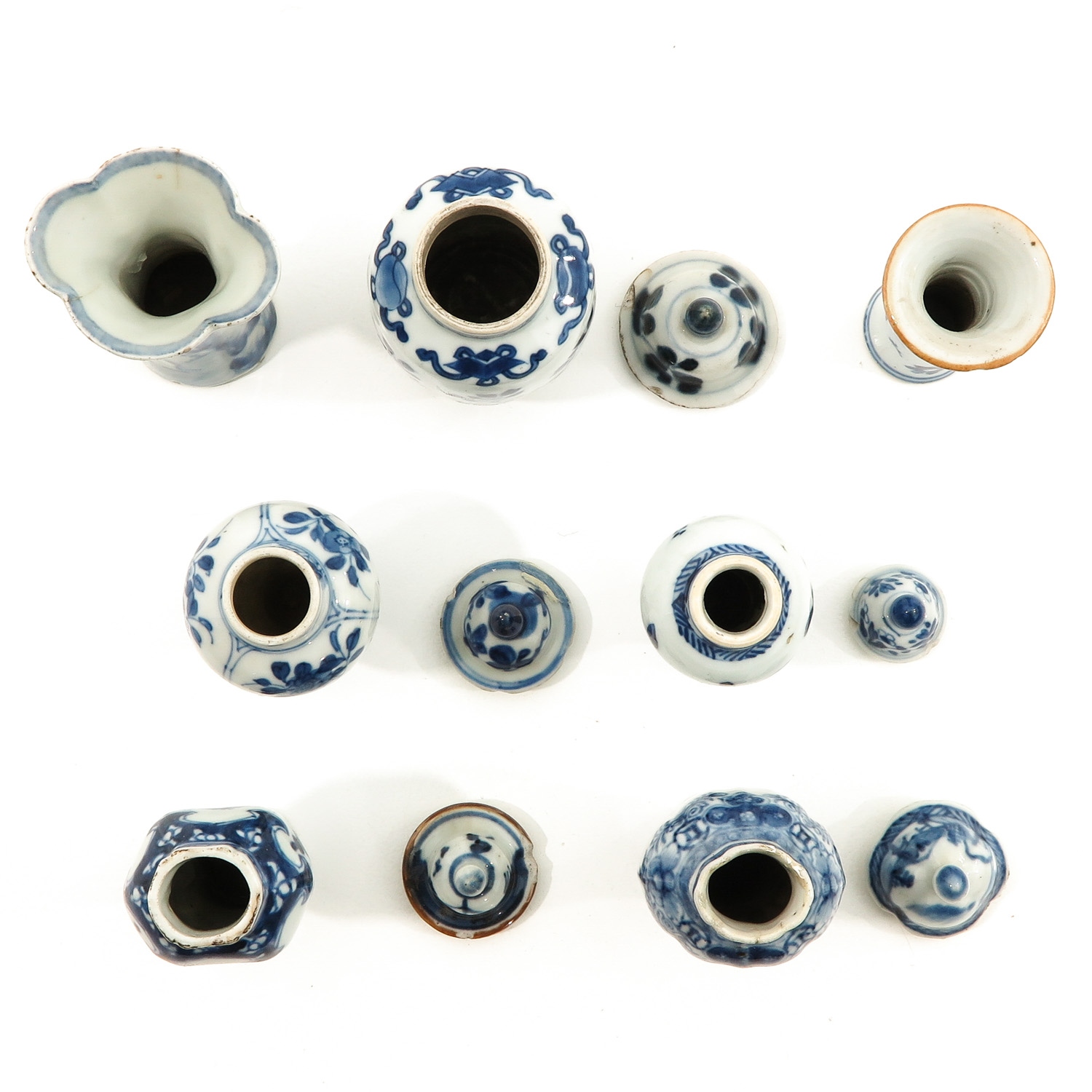 A Collection of 7 Miniature Vases - Image 5 of 9