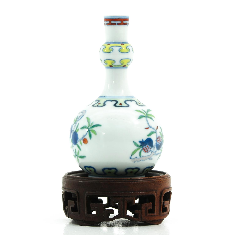 A Small Doucai Decor Vase - Image 3 of 10