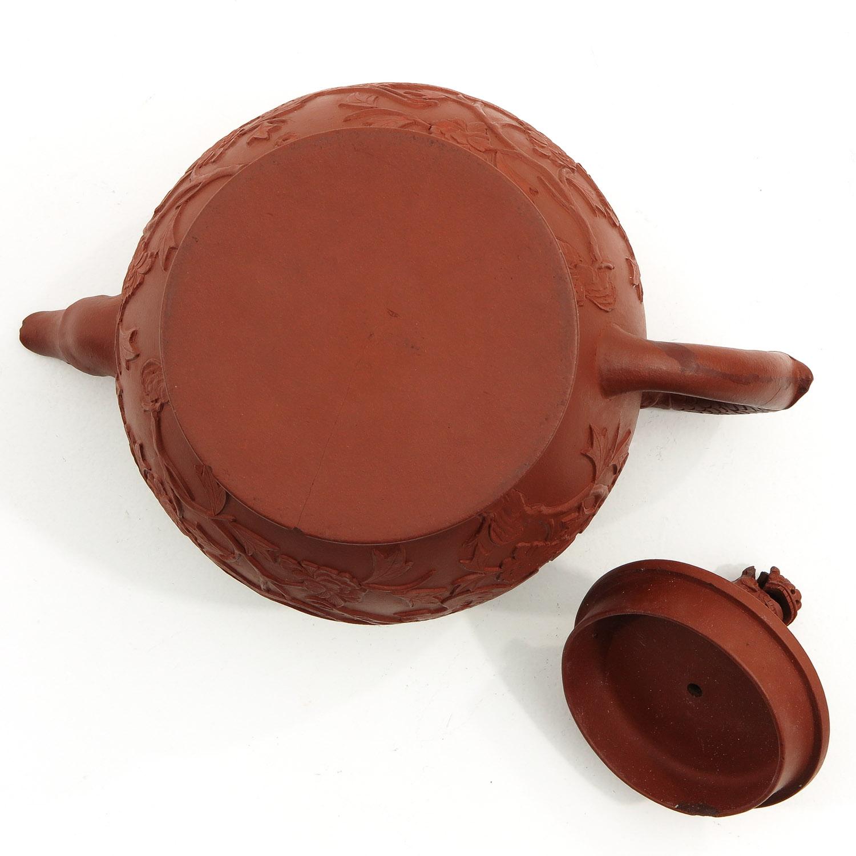 A Yixing Teapot - Image 6 of 10