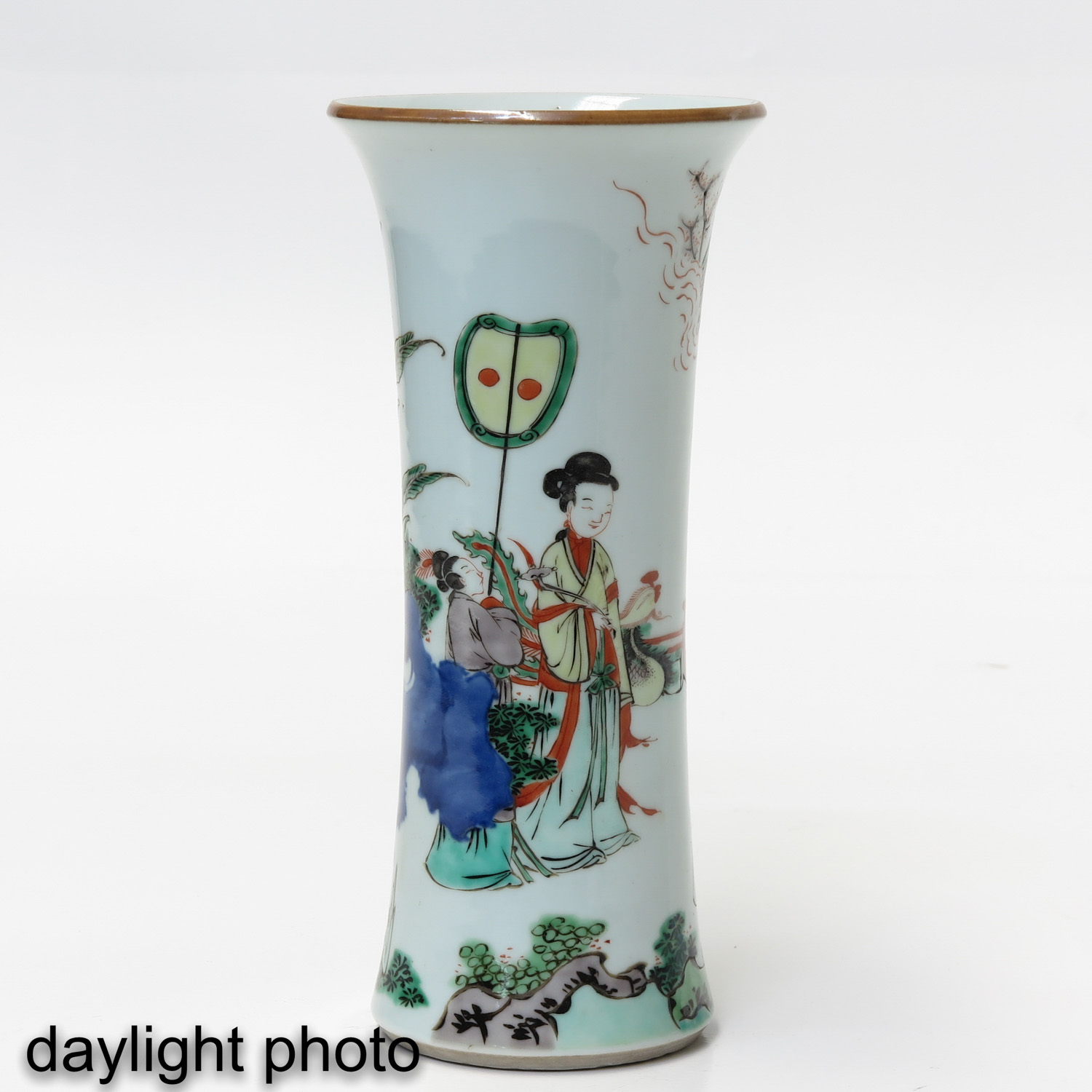 A Pair of Famile Verte Vases - Image 7 of 9