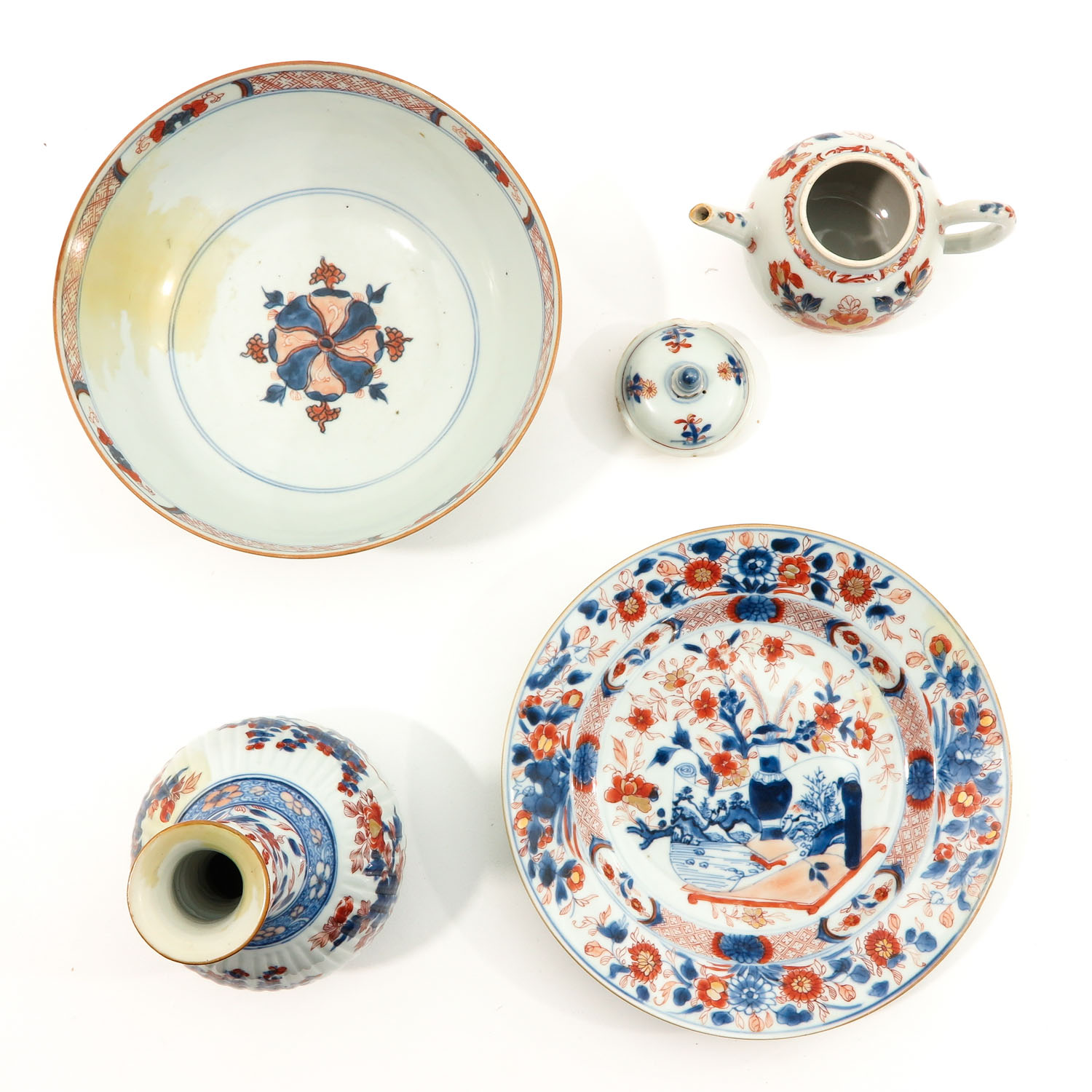 A Collection of Imari - Image 5 of 10
