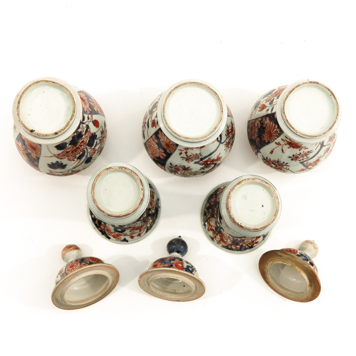 A 5 Piece Imari Garniture Set - Image 6 of 9