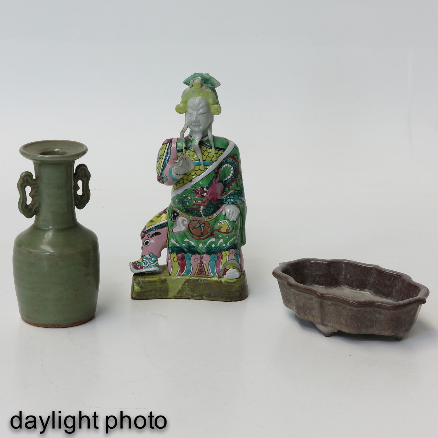 A Collection of Chinese Porcelain - Image 7 of 9