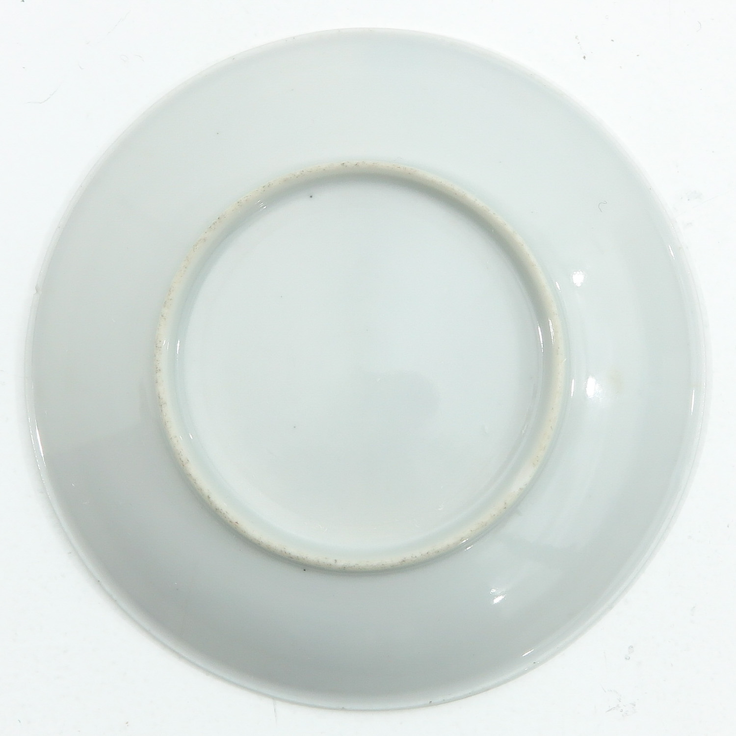 A Pair of Chine de Commande Small Plates - Image 4 of 9