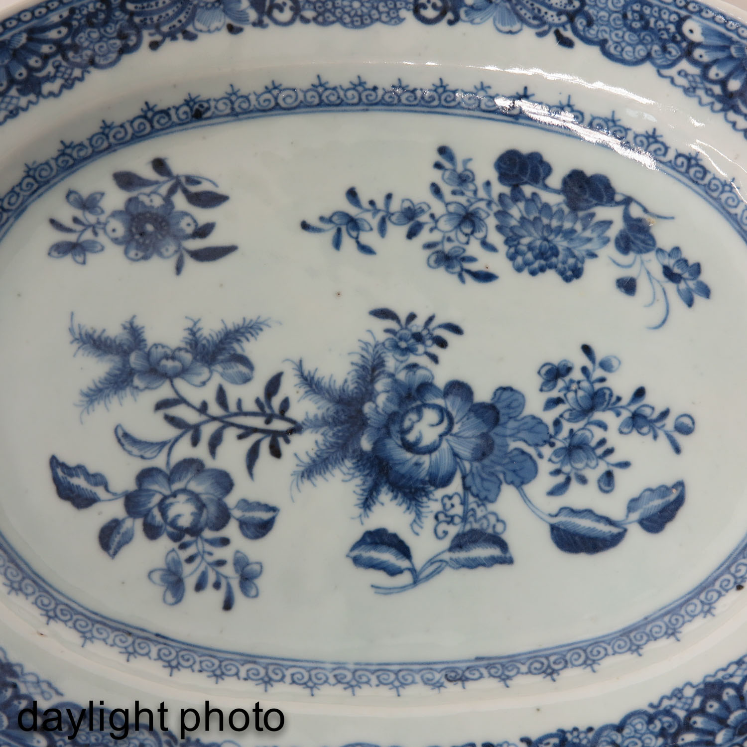 A Pair of Blue and White Chargers - Image 10 of 10