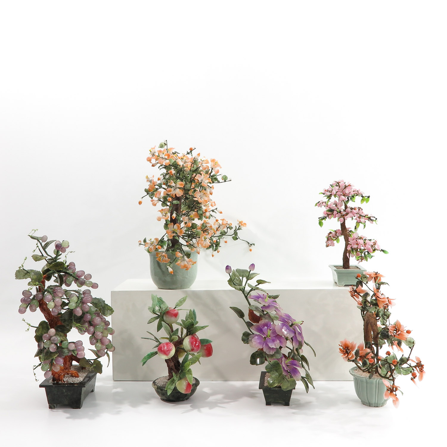 A Collection of Floral Arrangements - Image 4 of 10