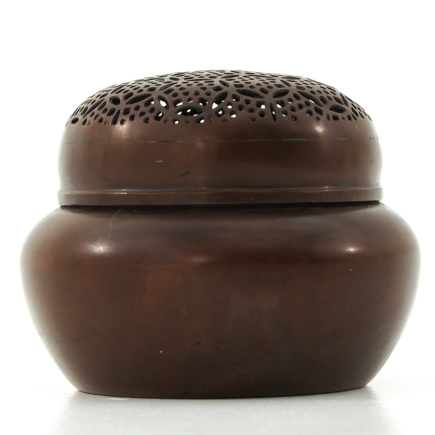 A Bronze Jar with Cover - Image 3 of 10
