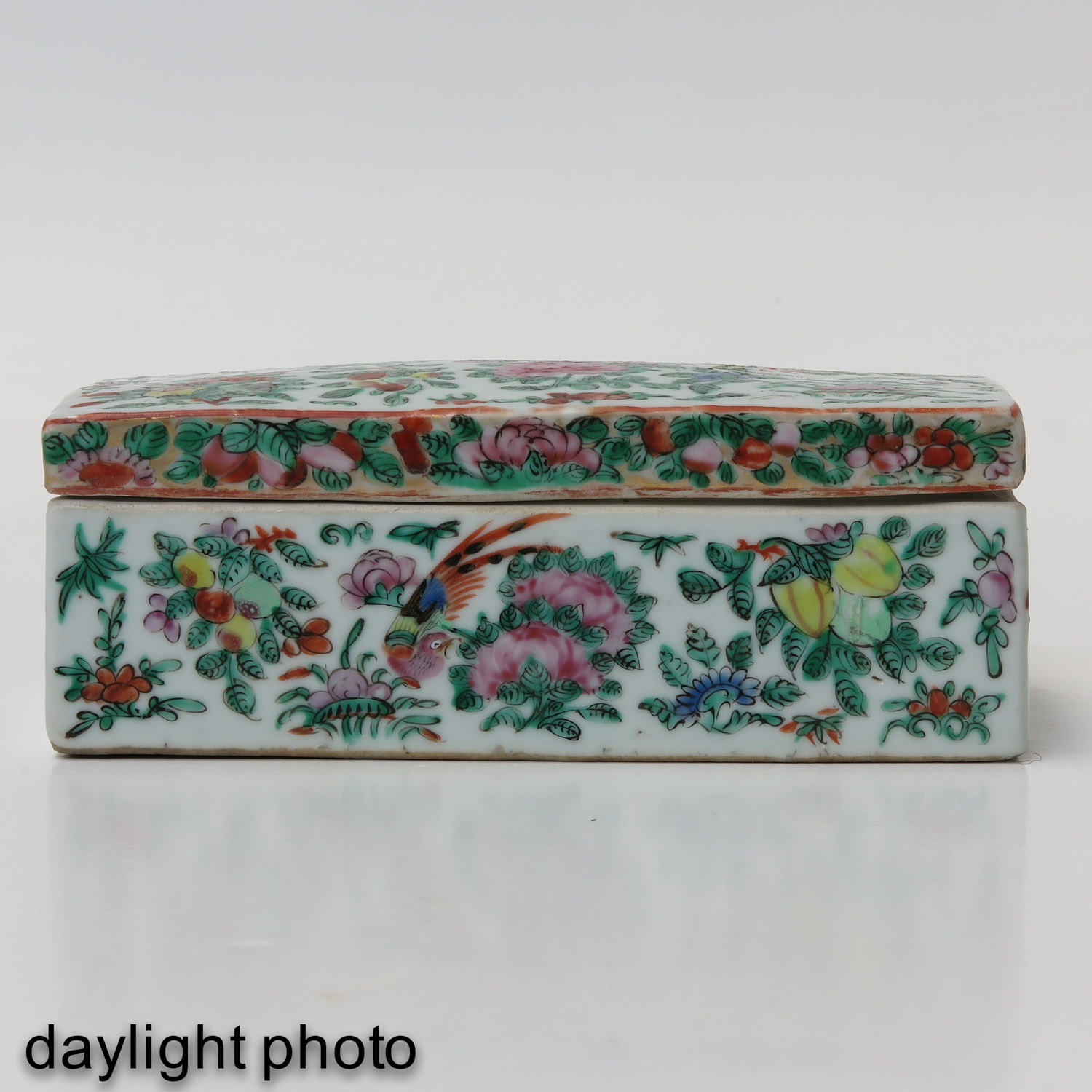 A Cantonese Box - Image 7 of 10