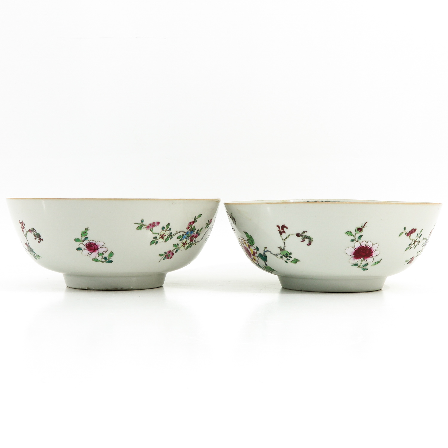 A Pair of Famille Rose Bowls - Image 3 of 9