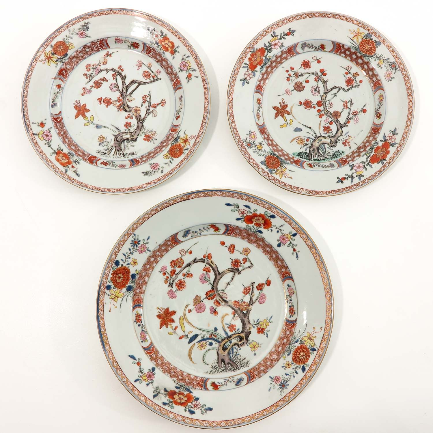 A Collection of 6 Polychrome Decor Plates - Image 3 of 9