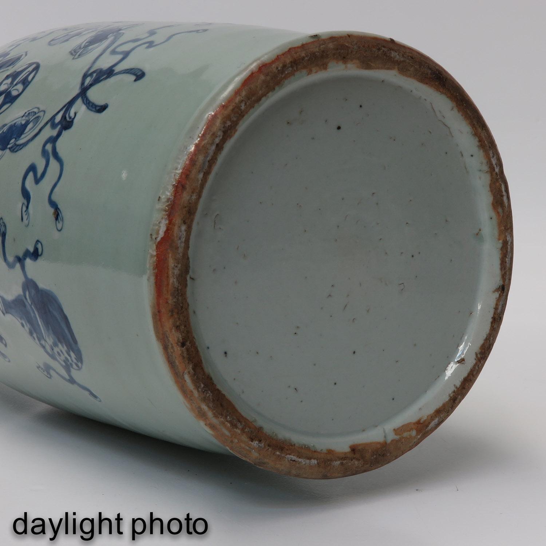 A Celadon and Blue Vase - Image 8 of 10