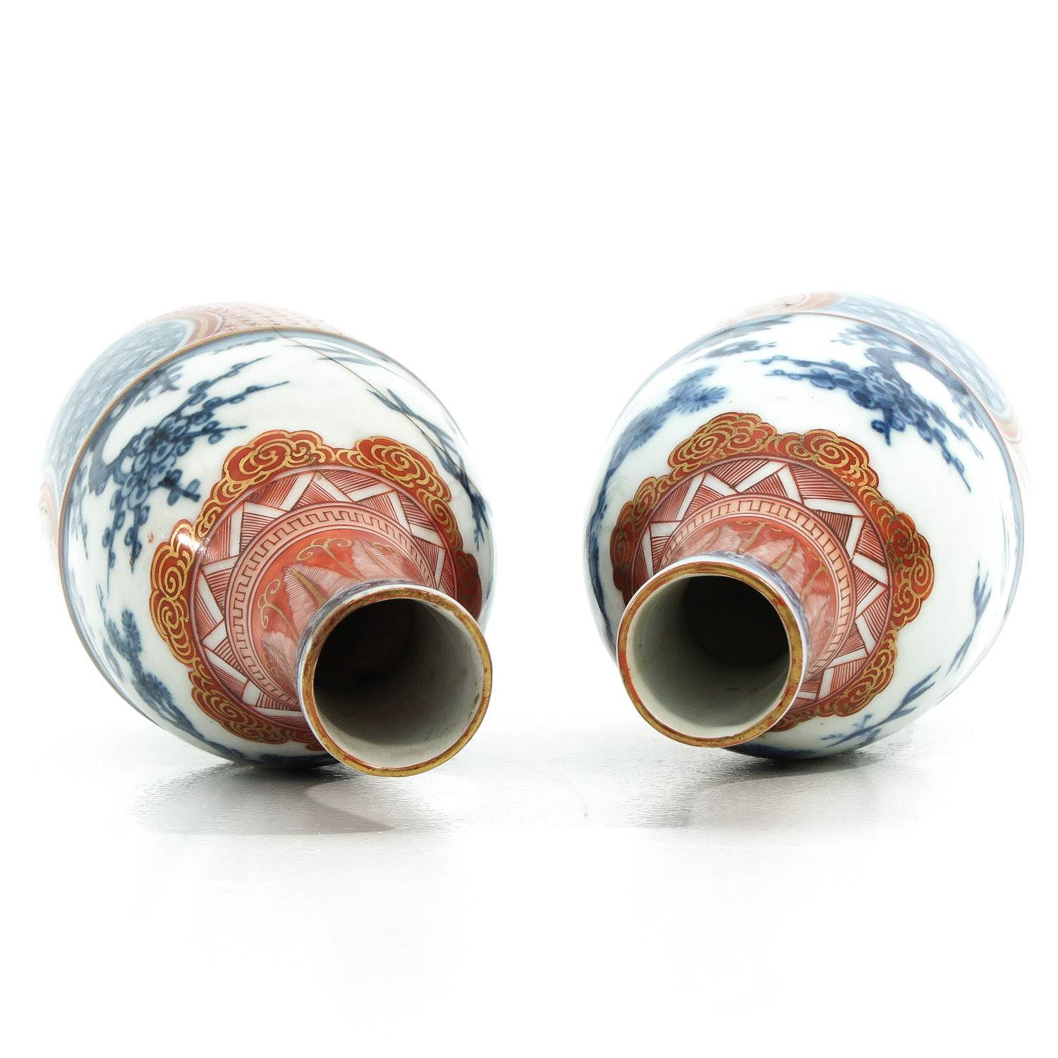 A Pair of Imari Bottles - Image 5 of 10