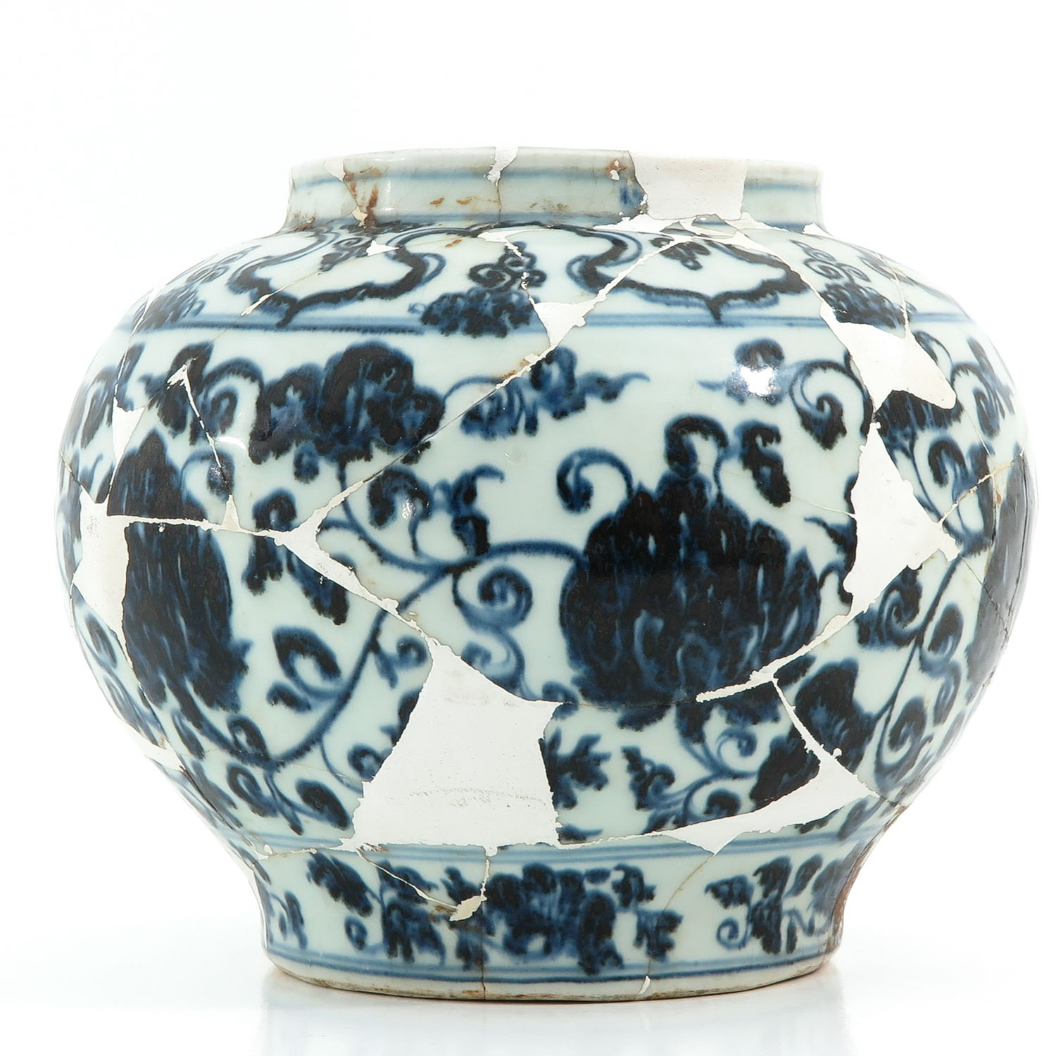 A Blue and White Vase - Image 2 of 10