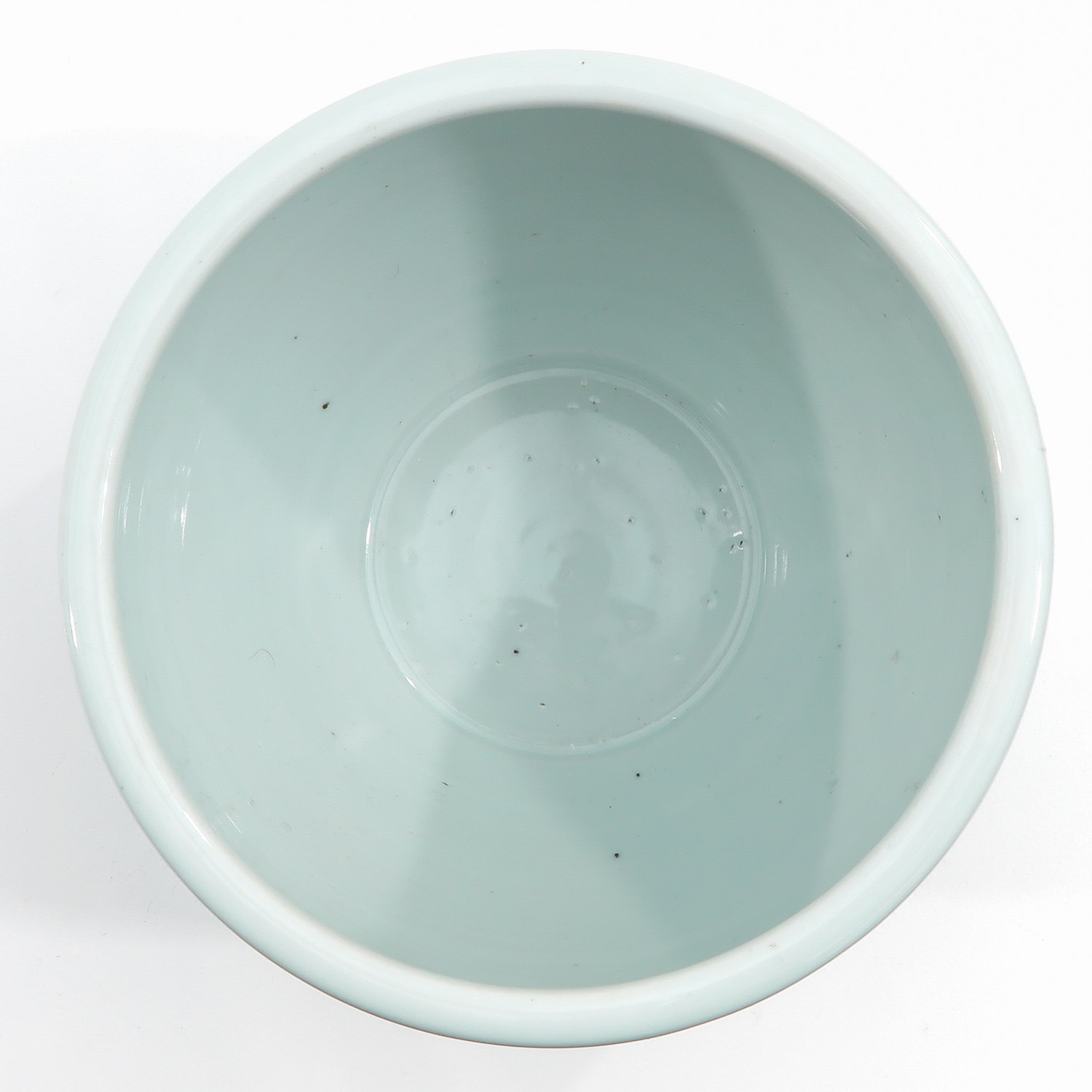A Blue and White Pot - Image 5 of 9