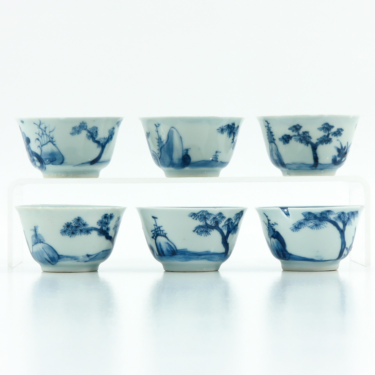 A Series of 6 Blue and White Cups - Image 2 of 9