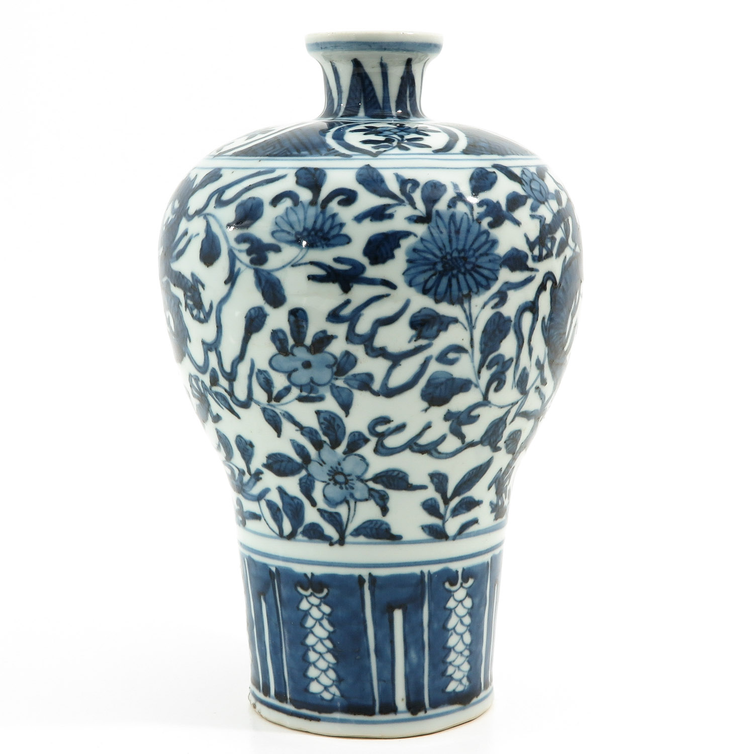 A Blue and White Meiping Vase - Image 2 of 10
