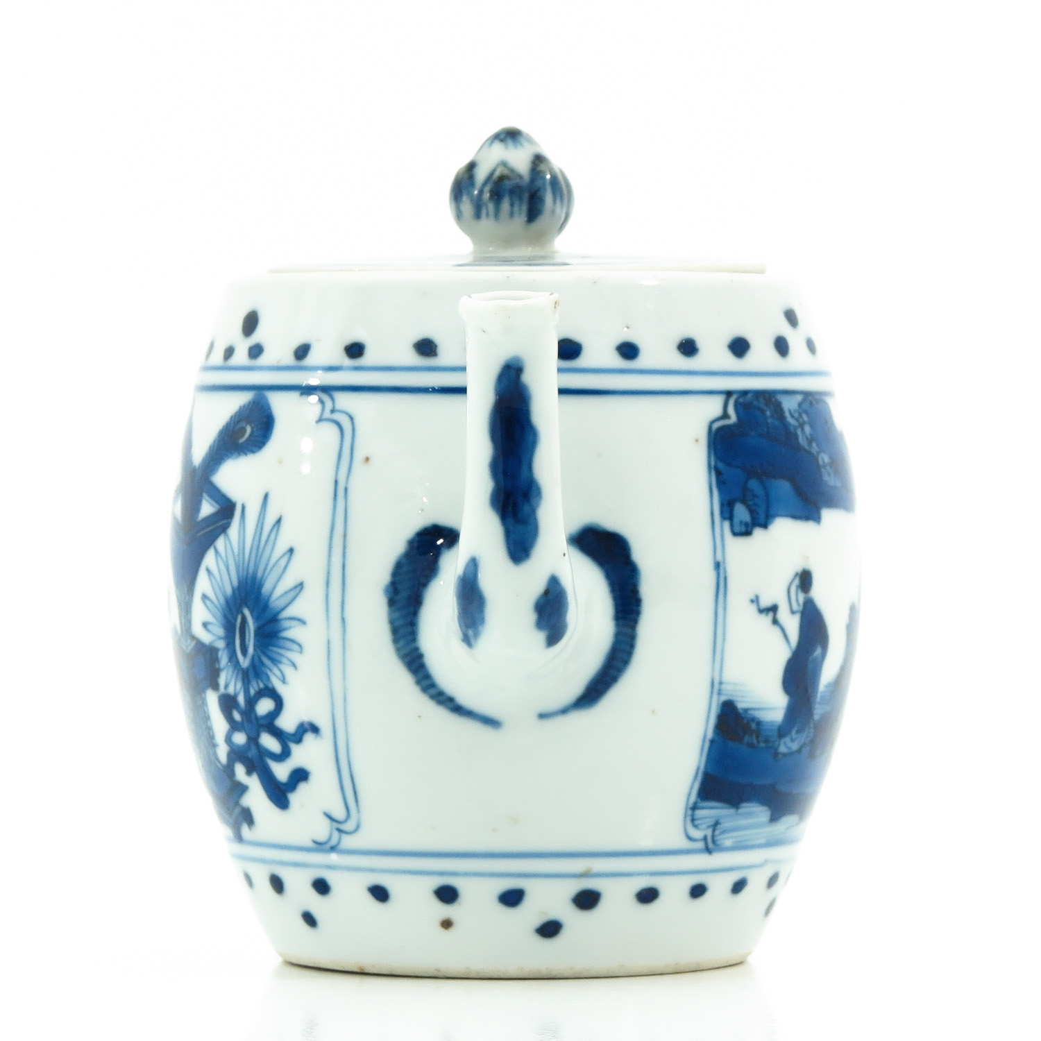A Blue and White Teapot - Image 4 of 10